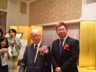 鈴木先生と記念撮影.jpg