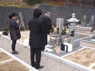 111216垣内様のお墓②.jpg